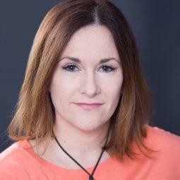 Faye Clowes